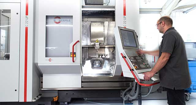 Hermle C22up Palettenwechsler CNC Zerspanungstechnik Welcker